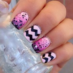 I love this black to pink ombré nail!