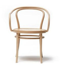 August Thonet B9 Bentwood Chair | Bauhaus2YourHouse – Bauhaus 2 Your House