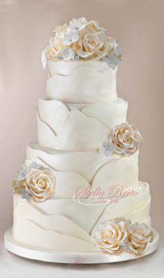 my wedding cake - Cake by stella reito Amazing Wedding Cakes, White Wedding Cakes, Elegant Wedding Cakes, Elegant Cakes, Wedding Cake Designs, Purple Wedding, Gold Wedding, Amazing Cakes, Floral Wedding