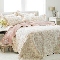 Etoille Vintage Floral Print Bedspread, Rose