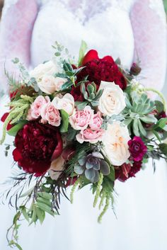 Burgundy and Blush, Fall Wedding | Flowers by Tami McAllister | Photo by Martha Howell Photography TN