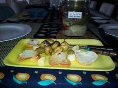 Um tiragosto de extrema qualidade , bacalhau, pimentas, azeitonas e batatas.
