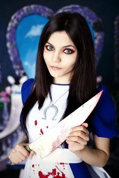Alice in Wonderland cosplay by Jas Frost