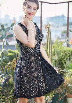 Promise to Astonish Lace Dress | Mod Retro Vintage Dresses | ModCloth.com