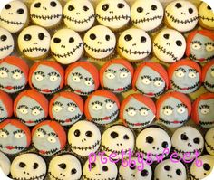nightmare before christmas cupcakes by prettysweetboutique, via Flickr