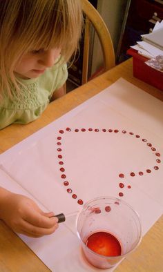 Create an image with dots, then ask the child to use dropper to carefully place just one drop on each dot. Strengthens the Pincer Grip (pencil grip) and builds focus and endurance. Montessori Practical Life, Montessori Homeschool, Montessori Classroom, Montessori Toddler, Montessori Activities, Montessori Elementary, Homeschool Curriculum, Valentines Day Activities, Letter Patterns