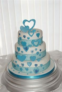 turquoise and white wedding cake with diamonds wedding ideas on blue diamonds turquoise 21301