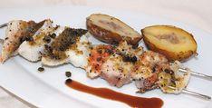 """""""Grigliata mista con pane allo scorzone e patate cotte sotto la cenere"""" dello chef Vincenzo Cammerucci del Ristorante Camì di Savio di Cervia (RA)  #lamadia #lamadiatravelfood #food"""