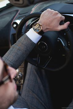 watchanish: Arnold & Son TB88 Skeleton in rose gold x McLaren.More of our footage at WatchAnish.com.