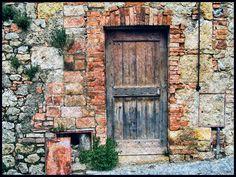 Italian Doors #5, Monteriggioni   Flickr - Photo Sharing!