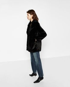 Image 3 of SHORT FAUX FUR COAT from Zara 69870274aa
