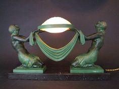 Art-Deco-rare-double-lady-lamp-by-Pierre-Le-Faguays