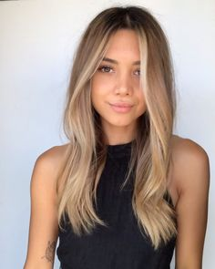 Likes, 3 Comments - Saks Salon Blonde Hair Looks, Brown Blonde Hair, Medium Blonde Hair, Light Brown Hair, Blonde Long Hair Cuts, Dye Hair Blonde, Blonde Hair Lowlights, Brown With Blonde Balayage, Summer Blonde Hair