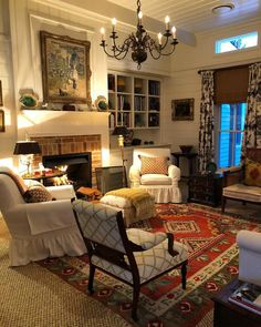 23 Wonderful French Country Living Room Decoration Ideas - Home Design - lmolnar - Best Design and Decoration You Need Living Room Decor Country, French Country Living Room, Cozy Living Rooms, Home Living Room, Living Room Designs, Cottage Style Living Room, 1940s Living Room, Country Family Room, French Country Fireplace