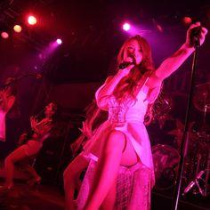 Japanese Girl Band, Japanese Landscape, Metal Girl, Girl Bands, Idol, Beautiful Women, Rock, Female, Concert