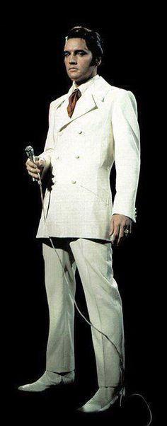 This was from his comeback special on tv and he sung If I Can Dream!  The white suit was amazing and  the special a big success!