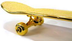 Američania vyrobili najdrahší skateboard na svete z čistého zlata