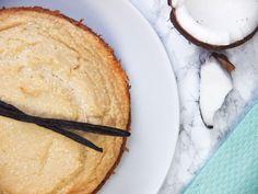Die vegane Küche kann auch beim Backen sehr simpel und einfach sein. Ihr wollt beim Osterbrunch trumpfen? Dann mit dem veganen Schoko-Kokos-Käsekuchen!
