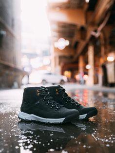 Buty miejskie marki Caterpillar to modne i wygodne obuwie dla mężczyzn. Charakteryzują się doskonałą wytrzymałością i mocną konstrukcją z nowoczesnym wykonaniem. Caterpillar Shoes, Beautiful Places