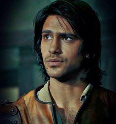 Luke Pasqualino -D'Artagnan
