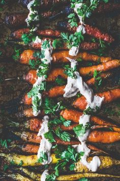honey roasted carrots with harissa yogurt - honey roasted carrots - carote arrosto glassate al miele con salsa di yogurt all'Harissa - carote arrosto glassate - Guest post - Meggie Hyde - Chews Local - food photography - food styling - OPSD blog