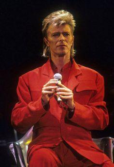 DAVID BOWIE glass spider tour 1987.