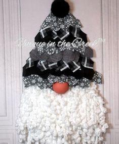 UITC™ Triangle Wreath Board © Recycled plastic) – The best ideas Mesh Ribbon Wreaths, Christmas Mesh Wreaths, Christmas Gnome, Yarn Wreaths, Santa Wreath, Winter Wreaths, Floral Wreaths, Burlap Wreaths, Spring Wreaths