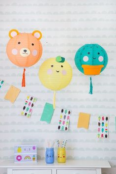 first birthday photo Party Animals, Animal Party, First Birthday Photos, 3rd Birthday, Birthday Party Themes, Diy Girlande, Guest Gifts, Crafty Kids, Paper Lanterns
