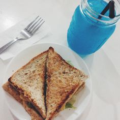 Blue lemonade and tuna sandwich from poprock with Debi and Florifern. We decided to eat something before going home.