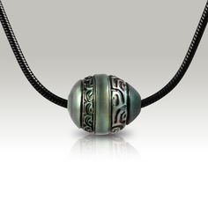 Moana Trend- Tahitian carved black pearl collection by Atelier Leseine.