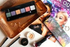While it may be a tad early to start talking about Christmas. It's not too early to start thinking about Christmas party makeup. And the new Rockstars collection from Sleek Makeup is the perfect festi