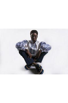 "Вишиванка ""Дерево"" в сучасній інтерпретації ""#viwivanka #vyshyvanka #fashionista#вышиванка #dress #dubai #kiev #ukraine #fashion #fashionblogger #boutigue #рубашка #shoes #parisfashionweek #parisfashionweek #dubai #ornaments #fashionista #fashionfoto #styles"