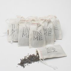 Love this for an outdoor ceremony send off -- the bags are so cute.