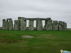 The most famous sites in the world  Stonehenge, England   @ http://ijiya.com/8236891