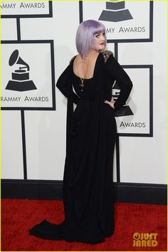 Daddy's Girl!  Grammys 2014 Red Carpet - Kelly Osbourne collaborated with Badgley Mischka to pay tribute to Black Sabbath.