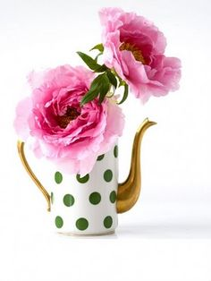 FREE Demo - How to draw flowers - www.DrawFlowers101.com -------Save 10.00 on Home Study Course----- Use code: Pinterest