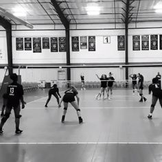 Volleyball Tryouts, Volleyball Poses, Volleyball Motivation, Volleyball Skills, Volleyball Setter, Volleyball Training, Volleyball Hairstyles, Play Volleyball, Coaching Volleyball