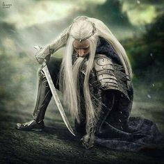 Thranduil 12 inch cm) poseable action figure from Asmus Toys. Legolas And Thranduil, Thranduil Cosplay, Elf King, O Hobbit, Hobbit Art, Armadura Medieval, J. R. R. Tolkien, Elvish, The Elf