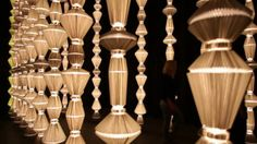 Gorgeous oscillating light sculptures by atelier oï.