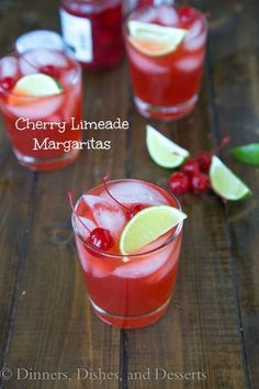 Cherry Limeade Margaritas - mix up some hoemamde limeade for a refreshing summer cocktail (non-alcoholic version as well) from Forrest Forrest Forrest Hanley, Dishes, and Desserts Limeade Margarita, Margarita Day, Margarita Recipes, Blackberry Margarita, Skinny Margarita, Refreshing Summer Cocktails, Summer Drinks, Fun Drinks, Pool Drinks