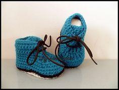 Chaussons bébé en laine tricotés crochetés par MamounTricotePourVou Bleu  Canard, Chaussons Bébé, Pompe, ec2da4dbd29