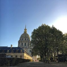 Morning #sunshine on the #trees and #dome of #LesInvalides #Paris (at Les Invalides, Tomb of Napoleon)