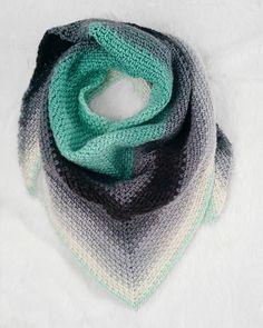 Crochet Pattern Roundup featuring Lion Brand Mandala Yarn, crochet scarf pattern, free crochet scarf pattern, crochet scarf pattern, lion brand mandala crochet pattern, #crochet #crochetpattern #freecrochetpattern #crochetscarf #crochetshawl