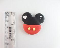 Kitty con Multi pétalo flor feliz polímero por RainbowDayHappy