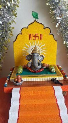 Decoration Ideas for Ganesh Chaturthi - Ganesh Pooja D / Ganpati Decoration Theme, Gauri Decoration, Mandir Decoration, Ganapati Decoration, Ganesh Pooja, Shri Ganesh, Lord Ganesha, Krishna Art, Diwali Decorations