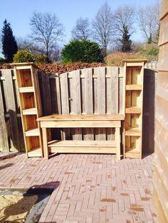 Tuinkasten en andere houten meubels op www.protuin.nl  http://www.marktplaats.nl/a/tuin-en-terras/tuinmeubelen/m909126187-moestuinbak-moestuintafel-kweekbak-kweektafel-model-b-hoog.html?c=8c285449651fa109c354bbabe740c1b&previousPage=lr