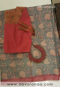 Best 12 Kota Doria in indigo with contrast edging – SkillOfKing. Trendy Sarees, Fancy Sarees, Saree Styles, Blouse Styles, Cotton Saree Designs, Saree Blouse Patterns, Organza Saree, Blouse Neck Designs, Elegant Saree
