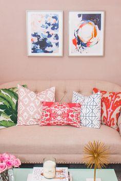 Living Room Design with Havenly - Hosting & ToastingHosting & Toasting