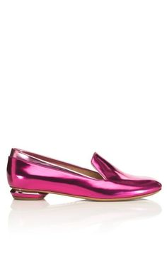 Nicholas Kirkwood pink metallic slipper #MetallicFashionTrends
