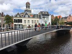 De Catharinabrug in het Leidse Aalmarktgebied, een ontwerp van DP6 architectuurstudio, wordt op 25 augustus geopend.